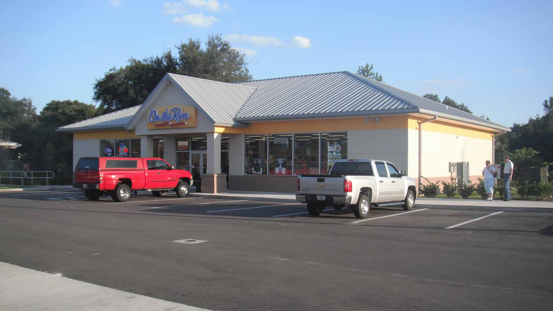 Exterior photo of a recently constructed convenience store.